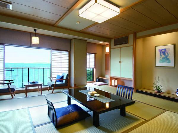 【ほおじろ/客室例】和室は広さ12.5畳。海を眺めながら寛ぎのひと時を