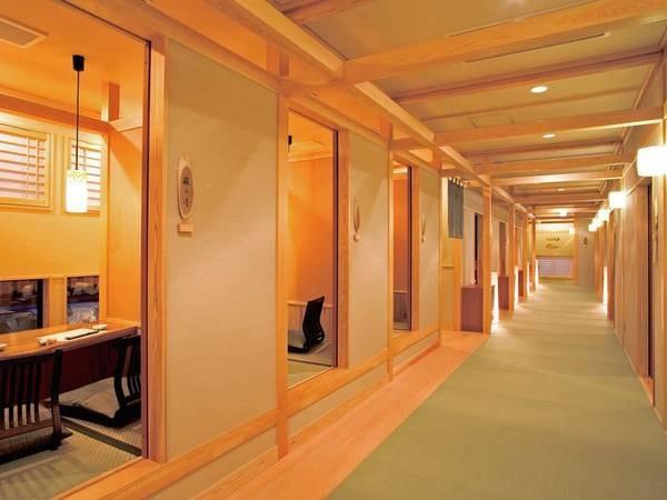 【和ダイニング「藏」】お食事は完全個室でごゆっくり(※禁煙となります)
