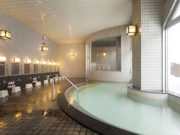 【層雲峡マウントビューホテル】源泉かけ流しの温泉を満喫。 リーズナブルに宿泊できる、層雲峡温泉入口に立つ宿