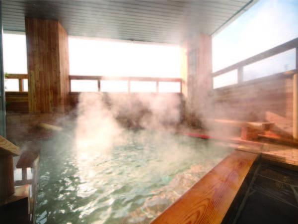 【露天風呂】源泉100%かけ流し!鮮度を落とさず運ばれる強酸性の温泉