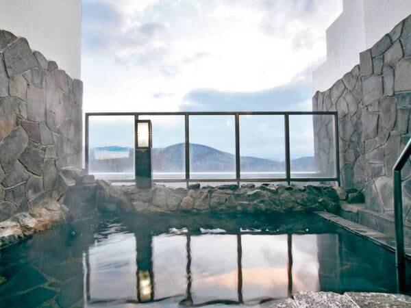 【ハイランドふらの】富良野の自然が作り出す四季折々の風景を愉しめるホテル