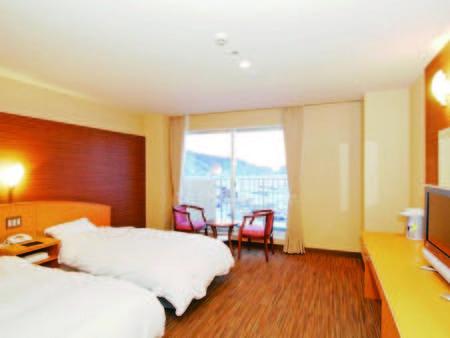 【オホーツク海眺望の洋室/例】お部屋から海の景色を楽しめる