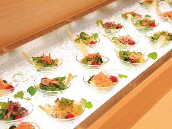 【蟹食べ放題&地場食材バイキング/例】おひとりさまずつ取り分けられます