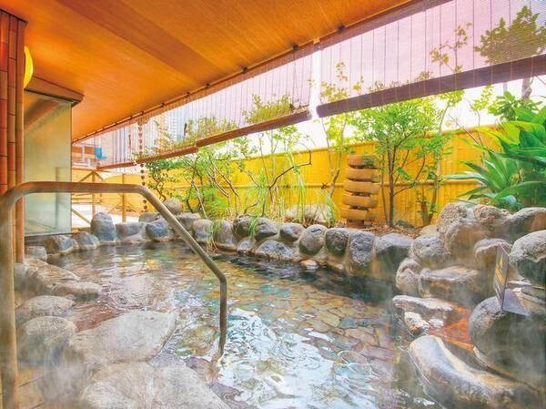 お風呂-檜の湯(岩露天風呂)