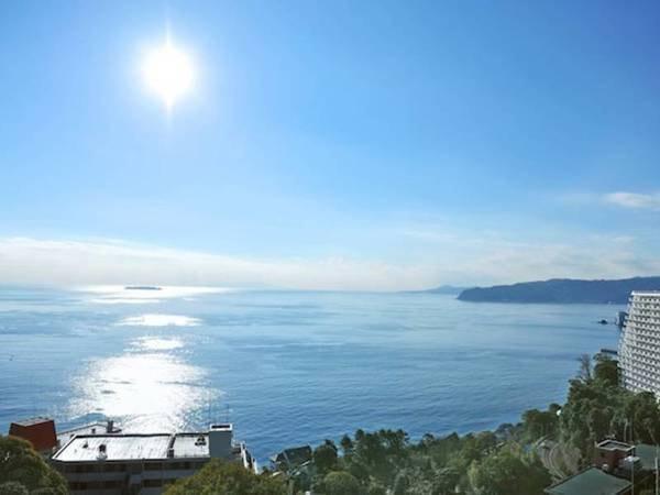 【客室眺望/例】青く広がる海