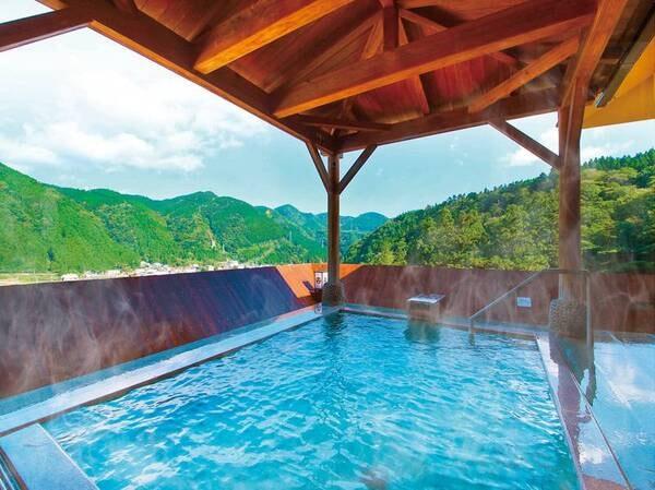 【大江戸温泉物語 鳴子温泉 ますや】景色抜群の露天風呂が自慢。こじんまりと寛げる春の鳴子温泉へ。