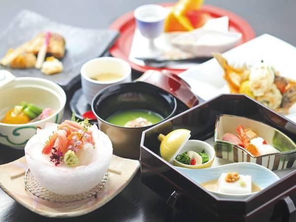 【ホテルレジーナ河口湖】富士山の絶景と温泉、料亭の味を楽しめるホテル!富士急ハイランドへは車で5分