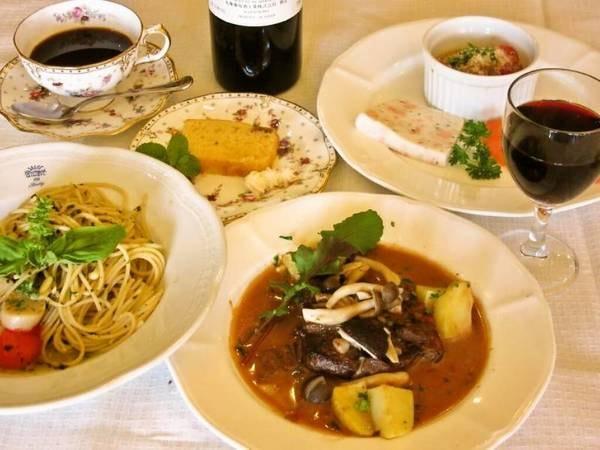 【ホテルセントビレッヂ】富士山を眺めながら イタリア料理と温泉をお楽しみください