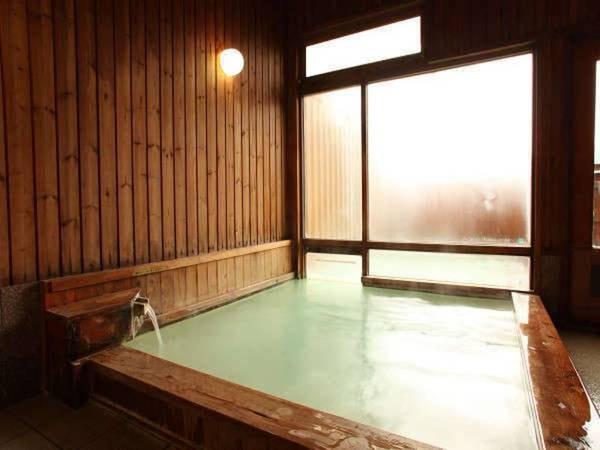 【信州乗鞍高原温泉 木の香りのホテル グーテベーレ】手作り家庭料理でおもてなし。乳白色の温泉&露天風呂でリフレッシュ!