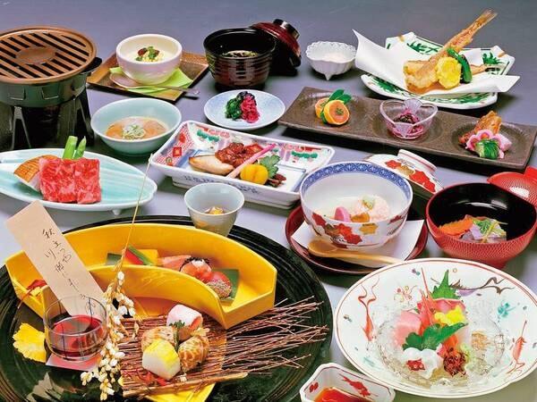 【矢田屋松濤園】明治29年創業、片山津の歴史辿る老舗宿で地元の旬の食材をふんだんに取り入れた料理を堪能