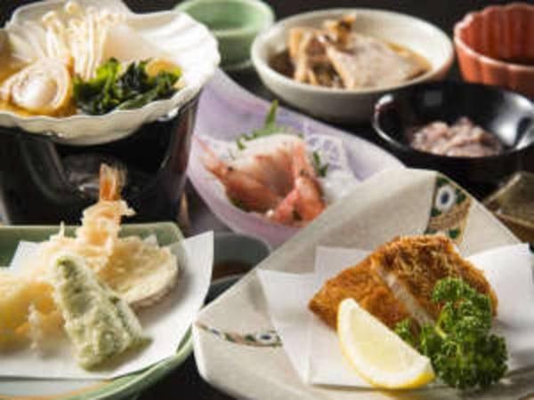 【料理一例】夕食は能登の旬彩を厳選した郷土料理をたっぷりどうぞ
