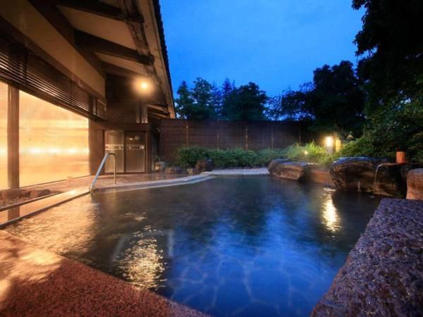 【みやびの宿 加賀百万石】約2万坪の敷地に広がる純石庭日本庭園と別邸「奏」などの多彩な客室、美食と自家源泉が楽しめる宿