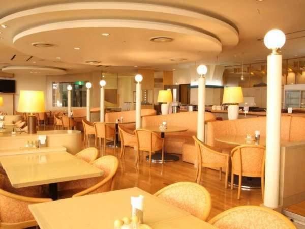 1F レストラン
