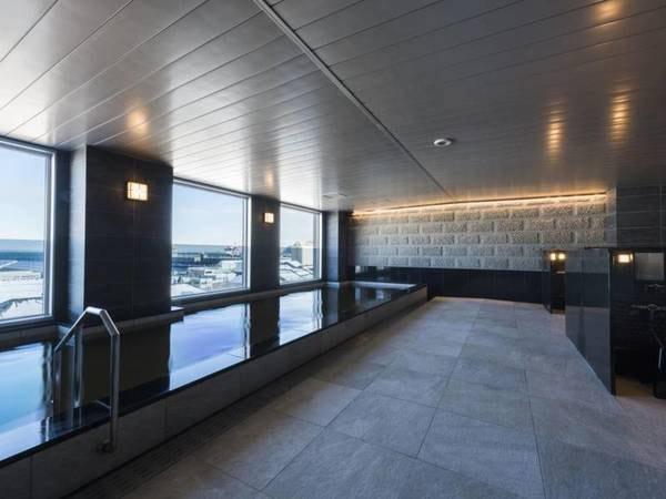 【ホテルソニア小樽】天然温泉大浴場を併設!小樽運河前に建つ、英国アンティークと手作りの朝食が自慢のホテル