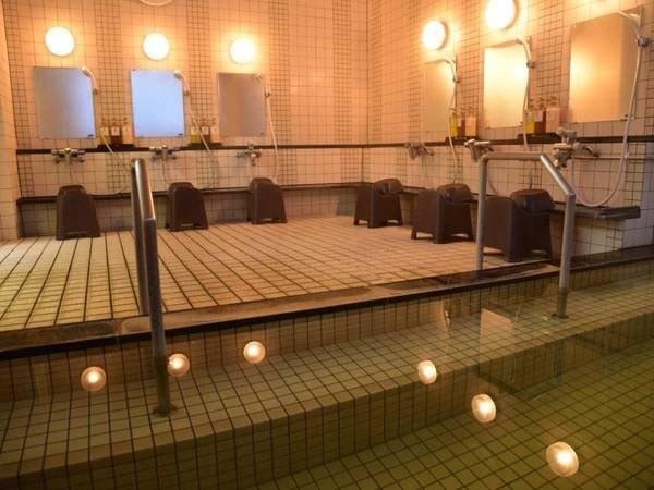 【田中家 ひなげし館<利尻島>】利尻山麓にある温泉料理旅館。鴛泊登山口に1番近い宿です。