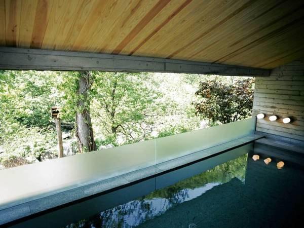 【朝里川温泉 小樽旅亭 藏群】小樽にひっそりと佇む隠れ的な空間。一室、一室ごとに趣が異なる客室です。