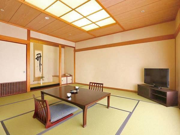 【和室/例】12.5畳の広々とした和室にご案内