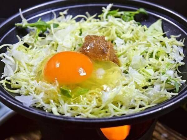 【朝食/一例】自家製味噌と鳳凰卵の陶板焼き