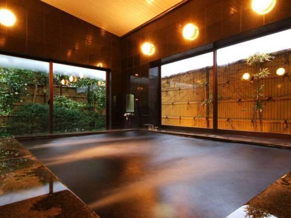 【佐津温泉 御宿 たつみ】茶事をお楽しみ頂ける茶室や生花を体験できる、和の心を大切にする小さな民宿。