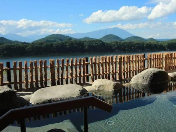 【別荘佳景】2万3千㎡の敷地に僅か6室。贅沢な展望露天風呂付きの完全独立棟スイートルーム