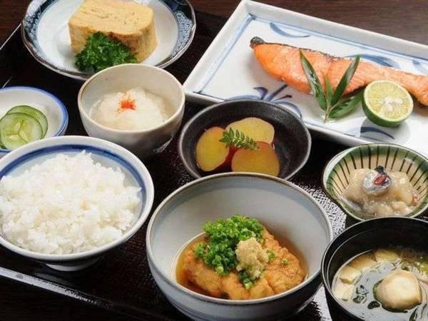 4種から選べる定食「和食」/例