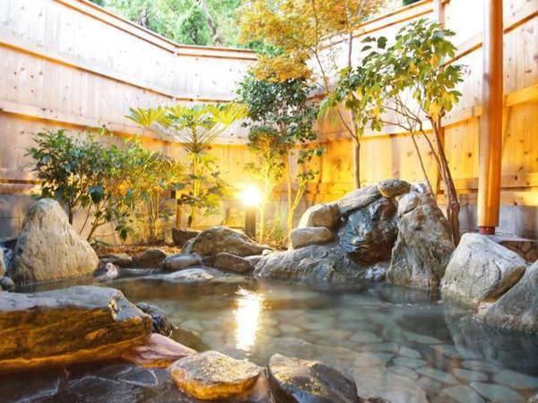【ベル・エポック】和洋折衷料理と、露天風呂の天然温泉をお楽しみ頂けるクラシックプチホテル