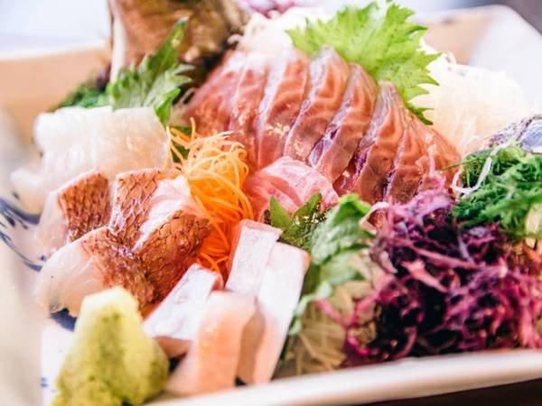 黒毛和牛と金目鯛を使った創作コース料理/写真一例