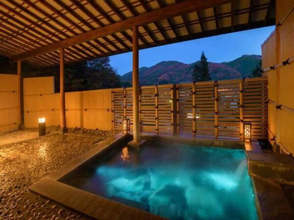 【昼神温泉 はなや】星空日本一の『昼神温泉』で一番の高台に位置する 自然に囲まれた小さなお宿
