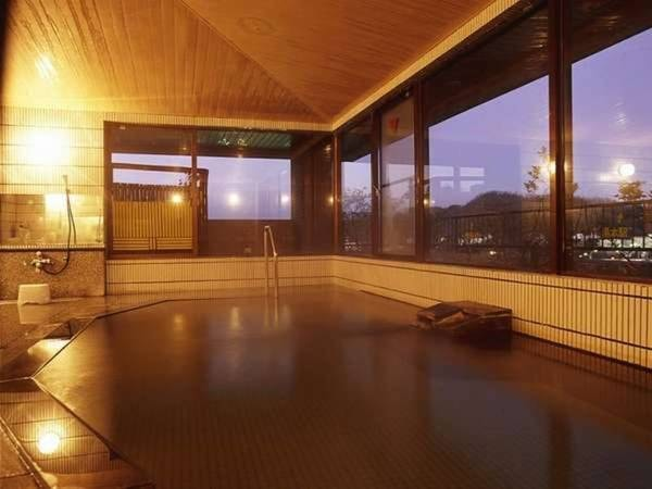 【いわき湯本温泉 心やわらぐ宿 岩惣】福島県いわき市にある情緒あふれる温泉旅館。きめ細やかなサービスが魅力